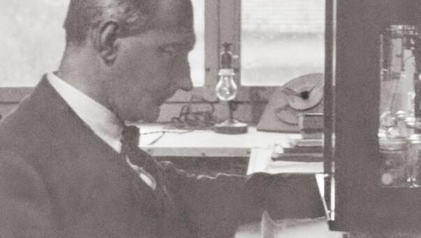 Dr. Rudolf Hauschka